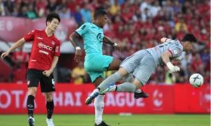Fox Sports khen ngợi Văn Lâm dù Muangthong thảm bại trận ra quân
