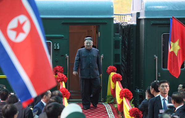 Chủ tịch Triều Tiên đến Việt Nam trên đoàn tàu bọc thép sáng 26/2. Ảnh: Giang Huy/VnExpress.