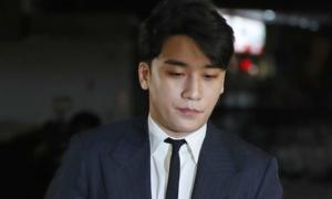 CEO Burning Sun bị cấm xuất cảnh, Seung Ri phải xét nghiệm ma túy lần hai