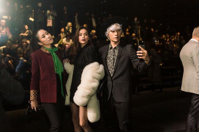 <p> Hà Hồ và Lý Quí Khánh chụp hình cùng fashionista nổi tiếng Nga Nguyễn.</p>