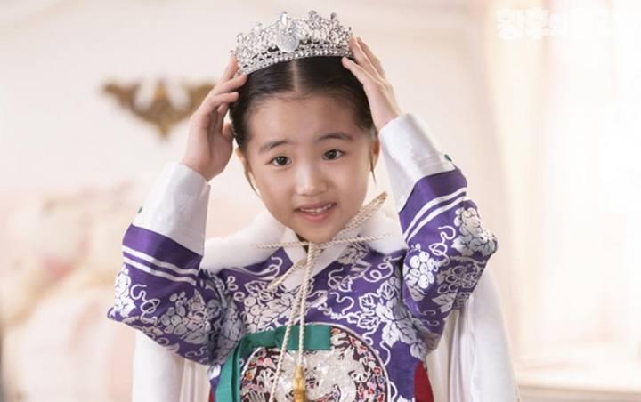 Cô công chúa nhí đáng yêu tài lanh trong The Last Empress.