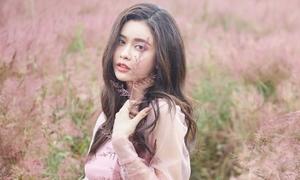 Vẻ mong manh trông mòn con mắt của Trương Quỳnh Anh