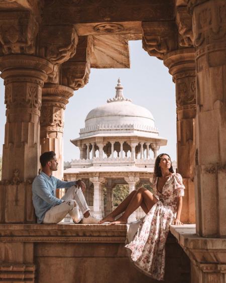 Những bức ảnh của cặp blogger du lịch nổi tiếng