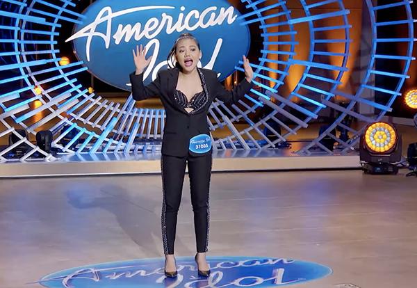 Minh Như khoe giọng khủng khiến giám khảo American Idol bấn loạn