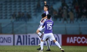 Sự cố 'trao nhầm vương miện' hy hữu của Duy Mạnh tại AFC Cup 2019