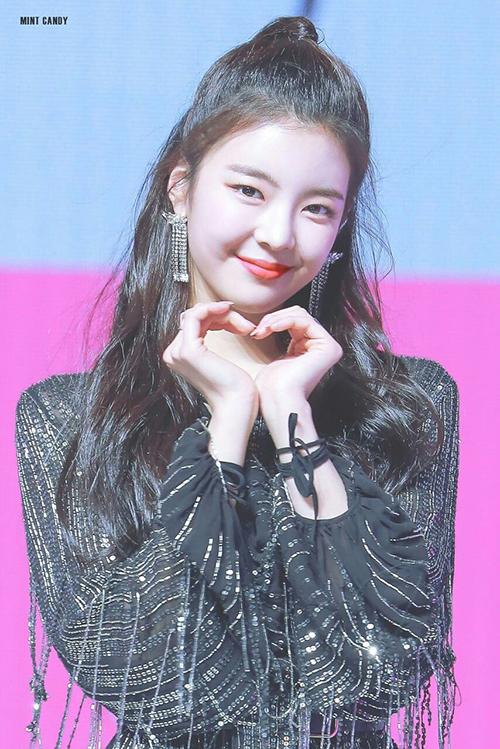 4 nàng Ji Soo sở hữu nhan sắc cực phẩm, là hiện tượng của Kpop - 5