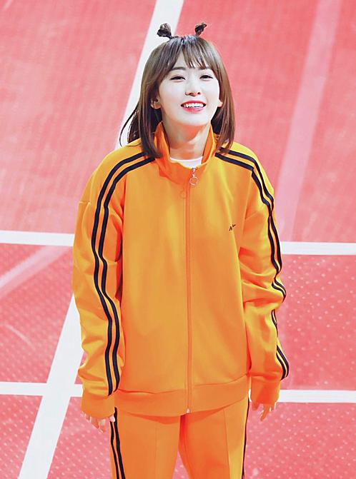 Sakura hiện đang thu hút sự chú ý của khán giả Hàn nhờ show thực tế