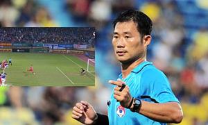 Fan Viettel bức xúc vì trọng tài không phạt lỗi sai vị trí của thủ môn Hà Nội FC