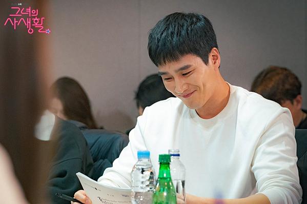 Ahn Bo Hyun...