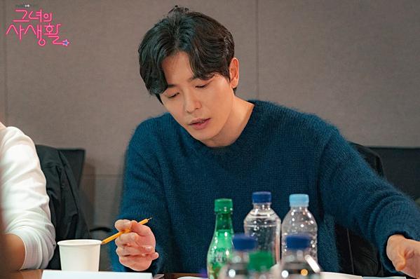 Kim Jae Wook đốn tim fan bởi ngoại hình cực soái.