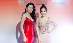 Lily Chen 'cạnh tranh' Dương Cẩm Lynh thi hát bolero