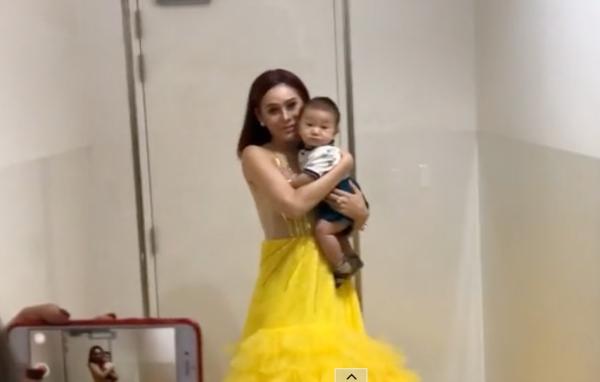 Lâm Khánh Chi lần đầu mang con trai dự sự kiện
