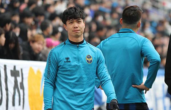 Công Phượng không được ra sân phút nào trong trận khai màn của Incheon United.
