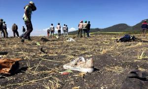 Hiện trường vụ máy bay rơi ở Ethiopia khiến 157 người thiệt mạng