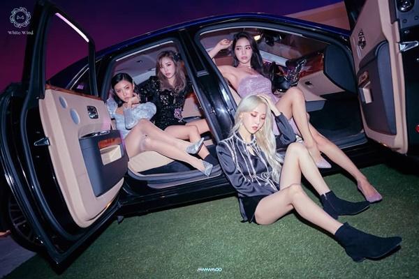 Các cô gái Mamamoo chuẩn bị comeback với hình tượng gợi cảm, sang chảnh.