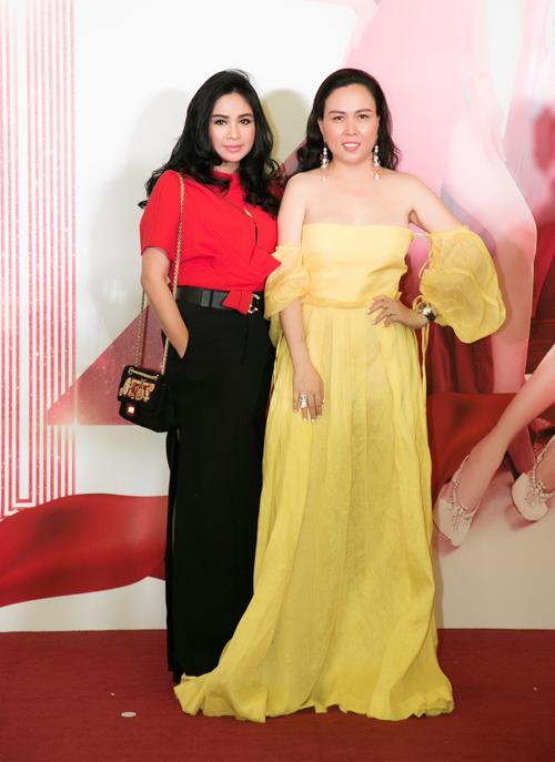 Ca sĩ Thanh Lam và doanh nhân Phượng Chanel.