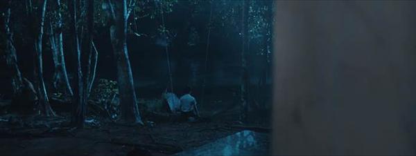 Những hiện tượng rùng rợn xảy ra liên tiếp trong phim.