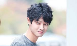 Những dấu hiệu về cuộc sống thác loạn của Jung Joon Young
