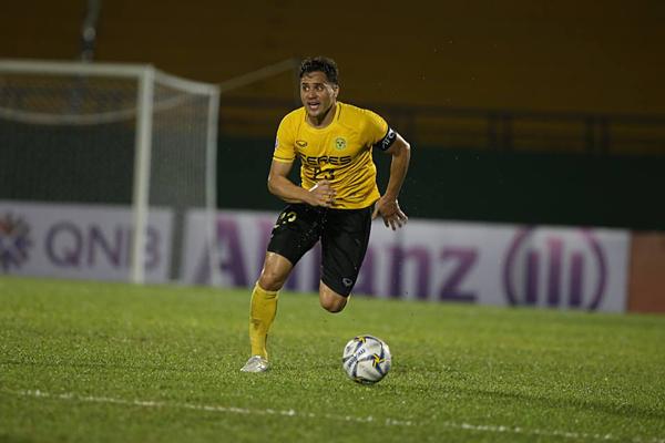 Bienvenido Maranon ghi 3 bàn cho đội bóng Philippines. Ảnh: AFC