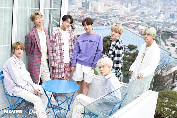 Giữa rừng drama ngộp thở, fan thấy bình yên khi đọc tin vui của BTS - 1