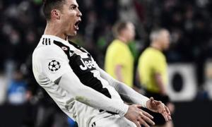 Ronaldo có thể bị phạt nặng vì màn ăn mừng 'chụm tay ôm chỗ kín'
