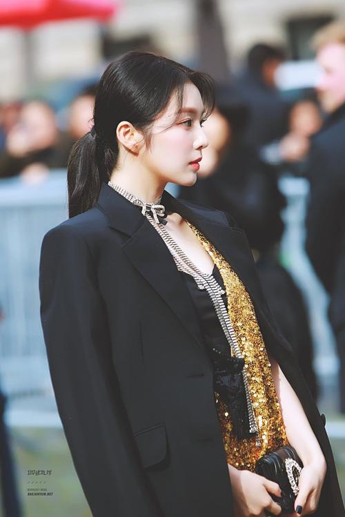 Irene (Red Velvet) xếp thứ 2. Người đẹp nhà SM khiến nhiều fan ghen tị bởi gương mặt đẹp không tì vết ở tuổi 29.