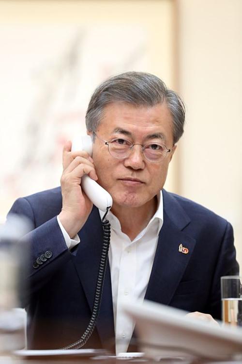 Tổng thống Hàn đề nghĩ các cơ quan điều tra tập trung vào sự việc ở Burning Sun.