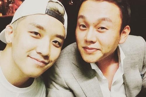 CEO Yoo In Suk (trái) và Seung Ri.