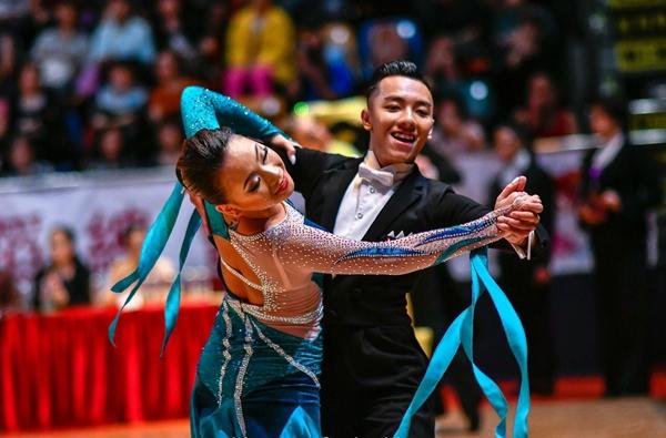 Quỳnh Hương - kiện tướng dancesport nổi bật hiện nay trong làng thể thao.