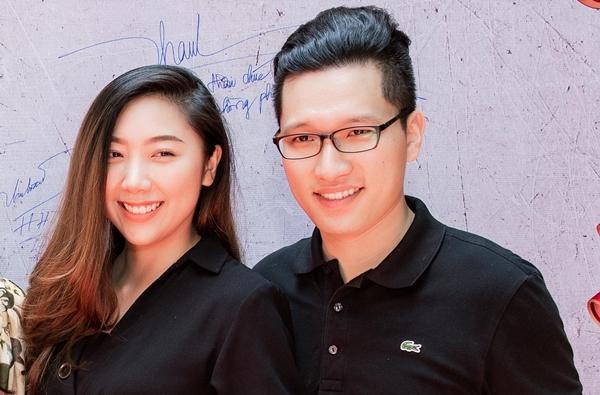 Em gái Trấn Thành và chồng. Cô tên là Huỳnh Trinh Mi (sinh năm 1993). Dù sở hữu ngoại hình sáng nhưng cô gái 9x không theo đuổi nghệ thuật như anh trai mà chọn hướng kinh doanh. Trinh Mi đã kết hôn với Yung Man Kit đến từ Hồng Kông hồi đầu 2018.