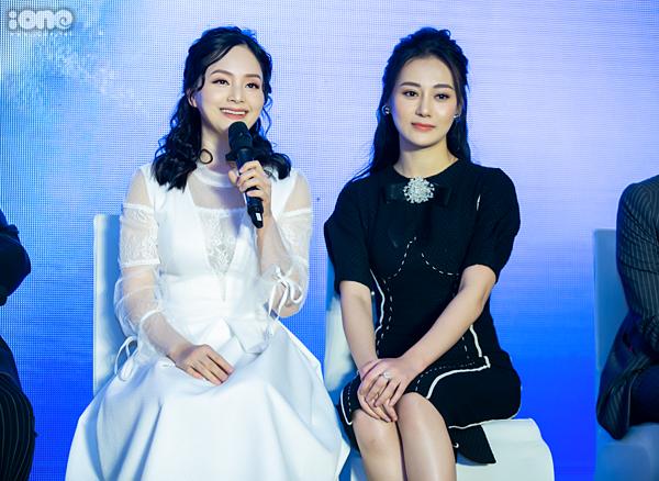 Lan Phương và Phương Oanh xuất hiện trong buổi họp báo ra mắt bộ phim Nàng dâu Order chiều 18/3 tại Hà Nội. Cả hai thân thiết, gần gũi nhau trong suốt sự kiện dù trong phim, họ là tình địch của nhau.Trailer phim Nàng dâu Order.