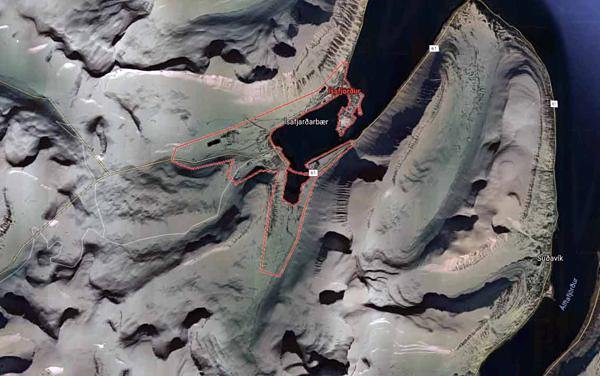 Thị trấn Isafjordur cũng gặp tình trạng tương tự trên Google Maps.