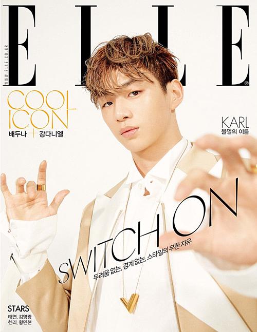 Kang Daniel là gương mặt trang bìa của ELLE số tháng 4. Ngay sau khi tạp chí này công bố hình ảnh Kang Daniel, tên tuổi anh chàng lọt top tìm kiếm ở Hàn trong 3 giờ liên tiếp, chứng tỏ sức hút của center quốc dân.