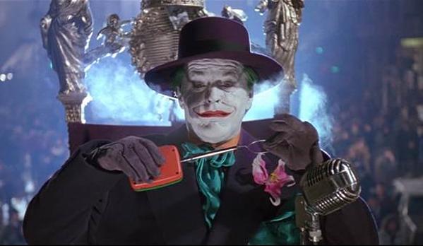 Tim Burton đã tạo ra một Joker huyền thoại trên màn ảnh.