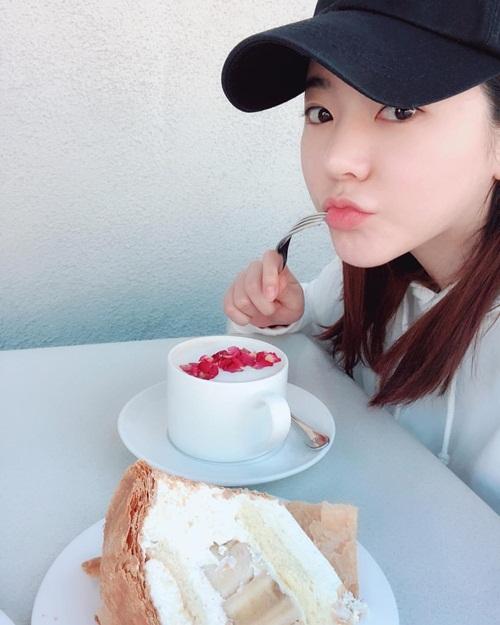 Instagram sao Hàn 20/3 - page 2 - 6