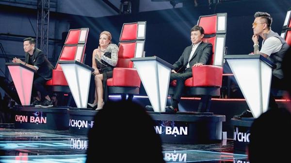 Danh ca Thanh Hà đang được ngồi lên vị trí chiếc ghế huyền thoại. Liệu chị có tiếp tục viết nên lời nguyền chiến thắng ở năm nay?