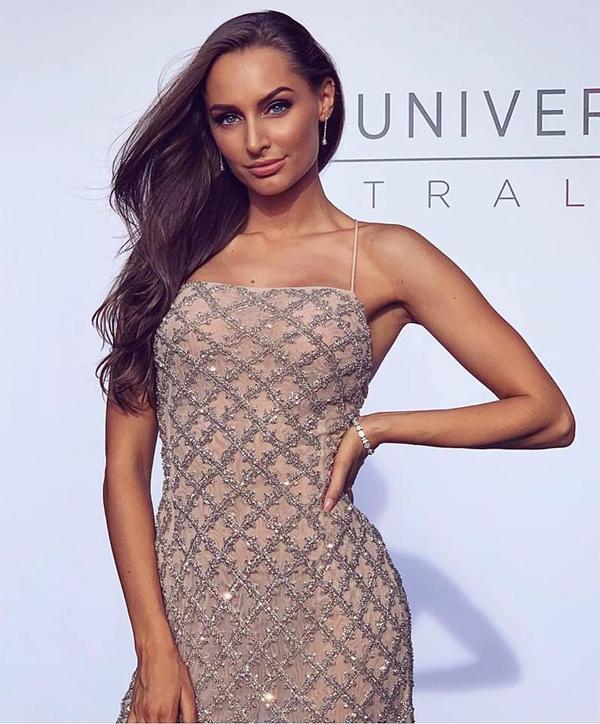 Parker tại vòng loại cuộc thi Miss Universe Australia 2019.