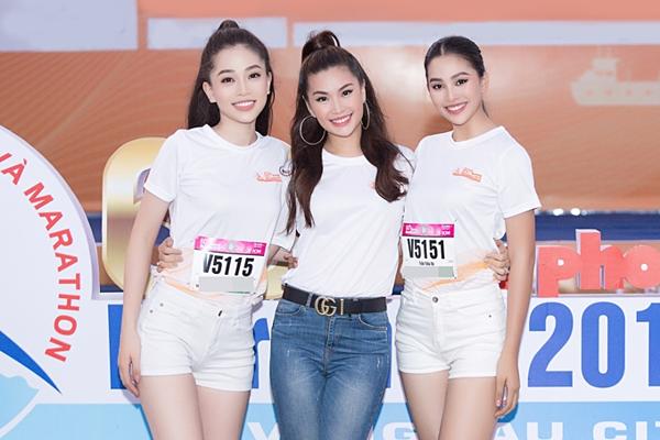 Diễm Trang hội ngộ Phương Nga, Tiểu Vy tại giải chạy marathon.