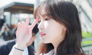 Những hình ảnh khiến Mina (Twice) được ví như 'công chúa ngoài đời thực'