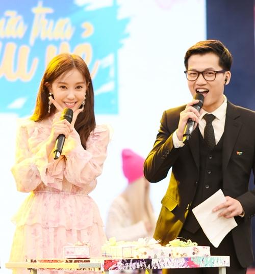 Cô tiết lộ sẽ trở lại Việt Nam vào tháng 5/2019 này.