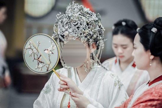 Ngắm trang phục đoán phim cổ trang Hoa ngữ - 7