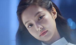 Lisa - Rosé - Ji Soo thành diễn viên phụ 'làm nền' cho Jennie trong quảng cáo mới
