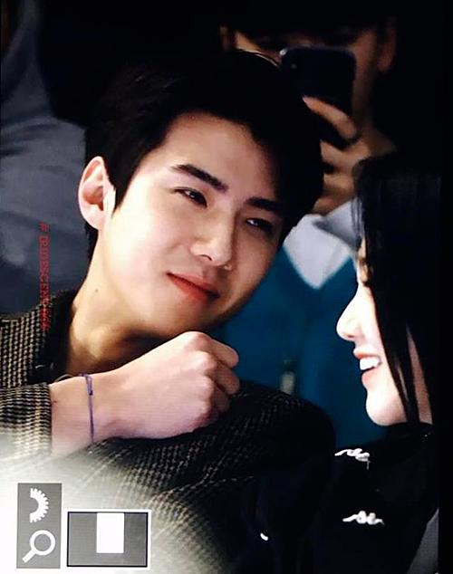 Khoảnh khắc thân thiết đáng ngờ của Se Hun (EXO) và Mina (Gugudan) - 2