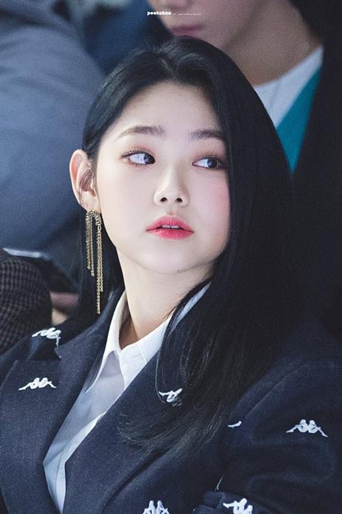 Khoảnh khắc thân thiết đáng ngờ của Se Hun (EXO) và Mina (Gugudan) - 5
