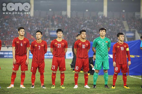 Trần Đình Trọng được kỳ vọng sẽ khóa chặt các cầu thủ tấn công của Thái Lan.