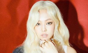 Jennie gây choáng với tóc vàng bạch kim trong teaser comeback