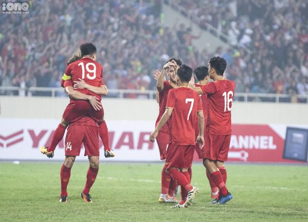 Những chàng trai áo đỏ được thừa nhận là anh cả của Đông Nam Á.