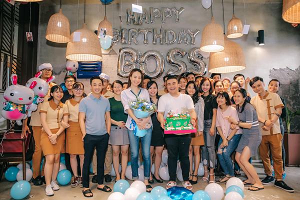 Cả hai dính như sam trong công việc lẫn cuộc sống. Theo chia sẻ từ Cường Đô La, Thu Trang là người bạn đồng hành tuyệt vời, giúp anh vượt qua mọi khó khăn, trở ngại.