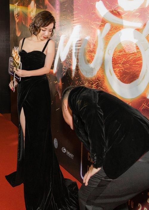 Dàn sao chưng diện ra mắt phim điện ảnh Chị Mười Ba - 1