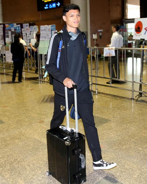Supachai Jaided trở về nước sau Vòng loại U23 châu Á 2020 ở Việt Nam.